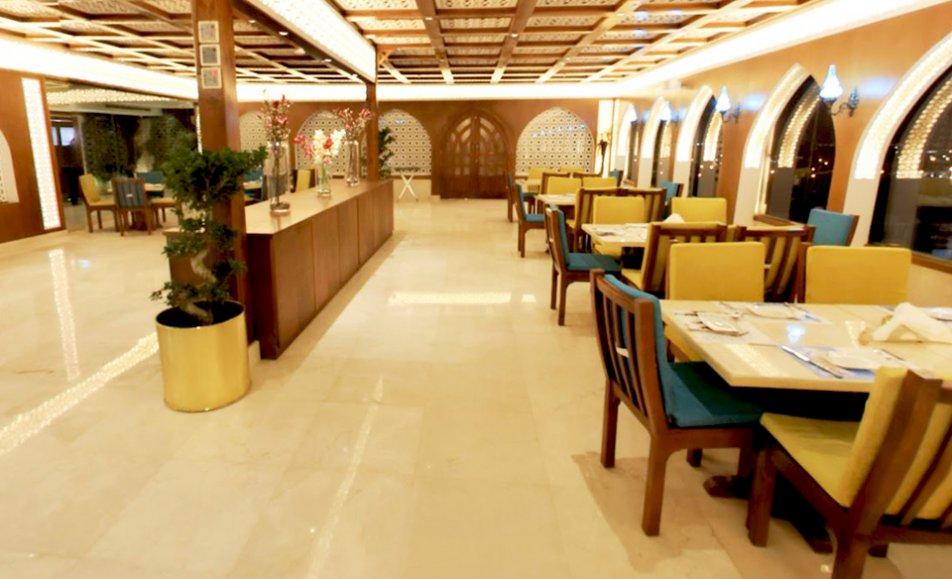 مطعم قمرية