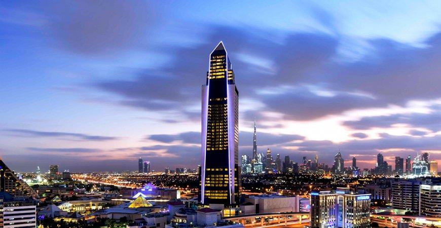 سوفيتل دبي ذا أوبيليسك إحياء فن الحياة الفرنسي في قلب دبي