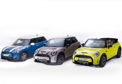 شركة محمد يوسف ناغي للسيارات ترحب بالطرازات الجديدة من MINI Hatch و MINI Convertible